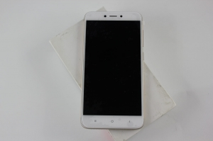 Redmi 4X 3/32 GB Gold  Outlet 270.